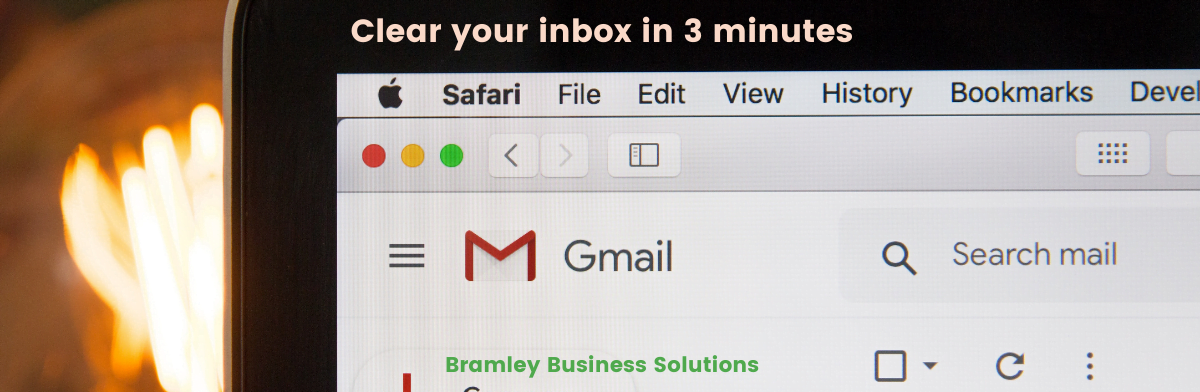 "laptop with gmail, and title of blog ""clear your inbox in 3 minutes"""